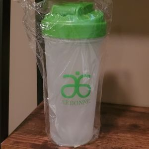 New Arbonne Shaker cup 🥤